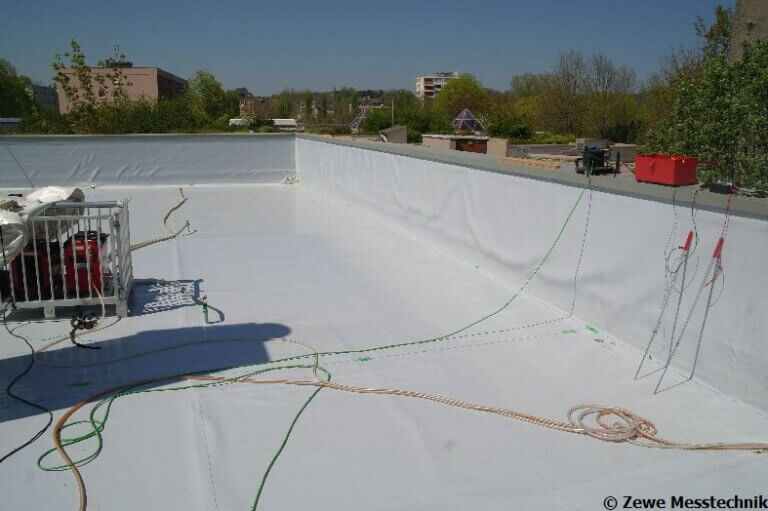 Prüfung einer Dachfläche