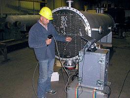 Das komplexe Innenleben dieses Wärmetauschers kann mittels Videoskopie bereits während des Herstellungsprozesses auf Ungänzen überprüft werden.